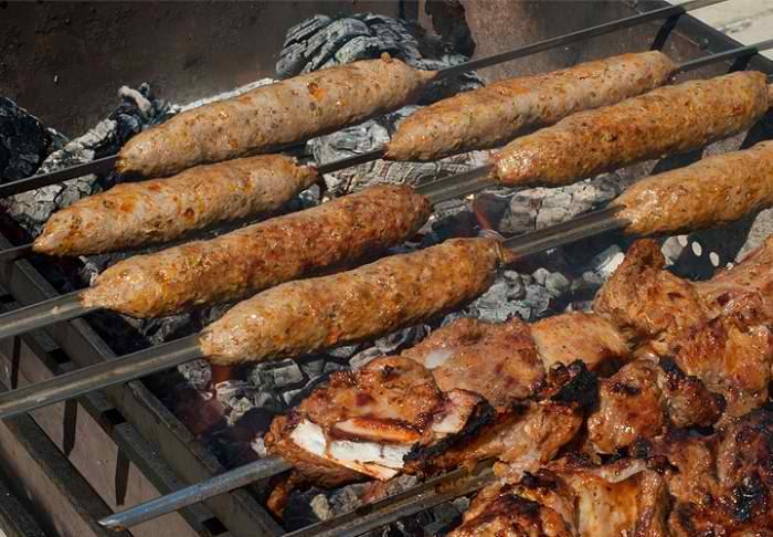 Люля-кебаб в домашних условиях на мангале из говядины 566