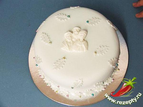 Для украшения торта цветами или фигурками следует сделать сахарную мастику.  Ею можно покрывать поверхность бисквита...