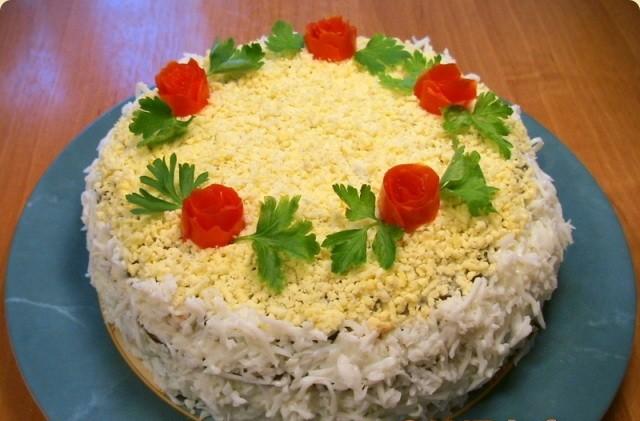 Украшаем печеночный торт