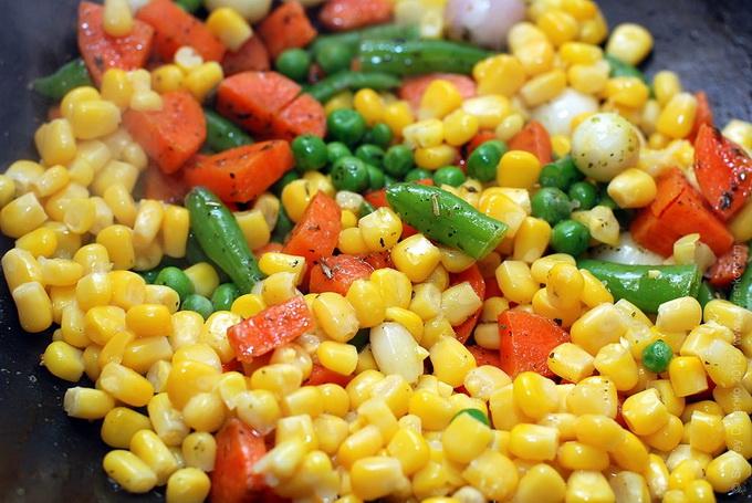 Кидаем кукурузу
