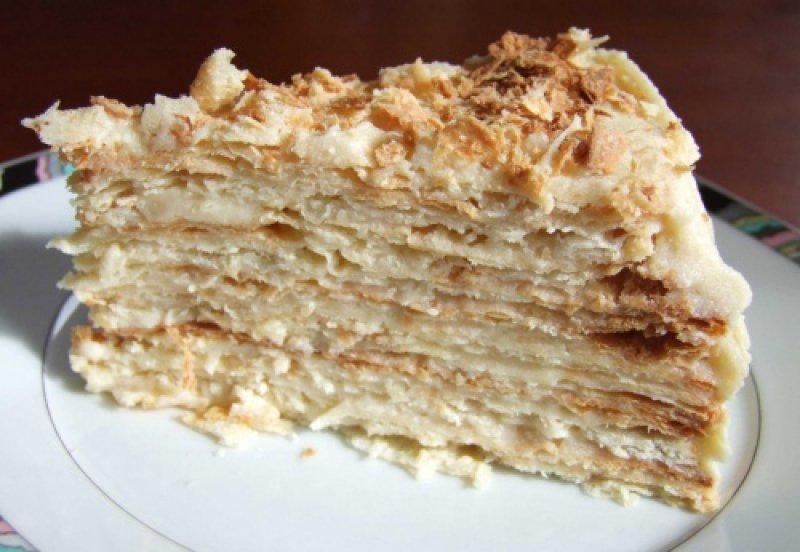 Торт Наполеон из готового слоеного теста по-домашнему