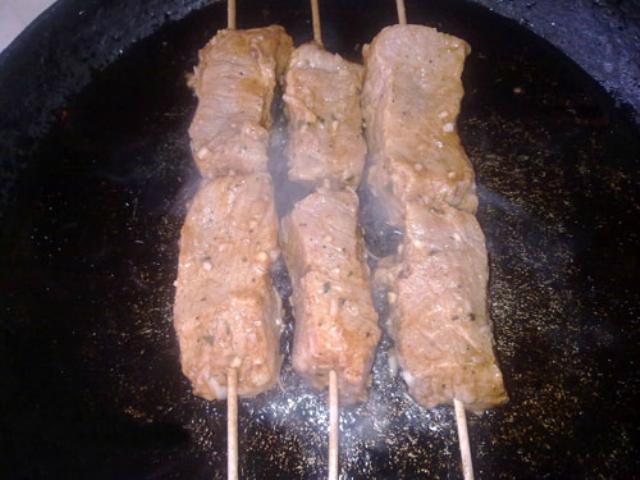 Мясо обжарить