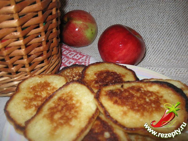 Оладьи из яблок
