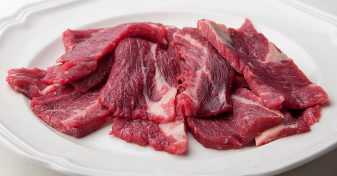Отбиваем мясо
