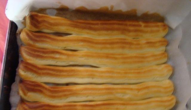 Заливаем тесто