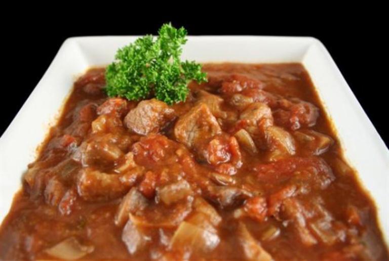 рецепт подливуа с тушенкрй