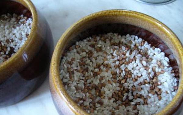 Рисовый слой для свинины в горшочках