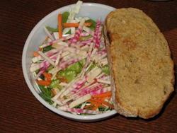 Вкусный витаминный салатик