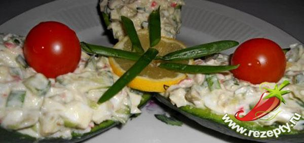 Салат с авокадо и крабовым мясом