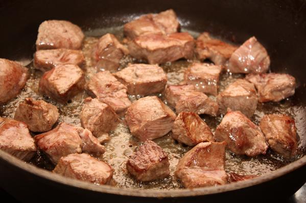 Мясо жареное в духовке рецепт