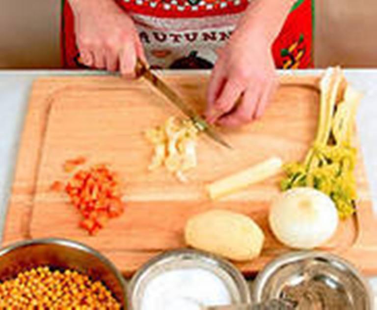 Овощи: лук и морковь