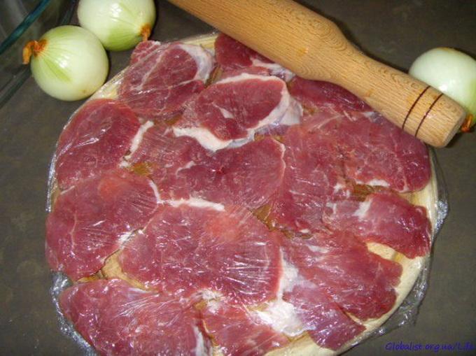 Укладываем мясо