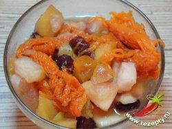 Десерт из тыквы с медом и фруктами