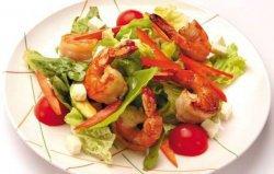 Простой салат из морепродуктов