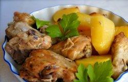 Курица в духовке с картошкой в рукаве