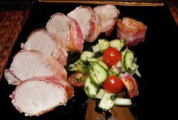 Свинина запеченная в беконе