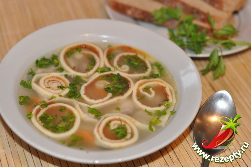 Суп с блинчиками