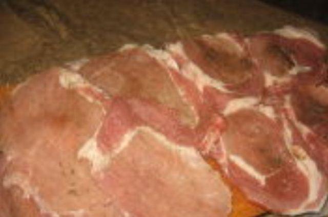 Свинину порезать