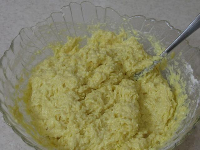 сырная масса с мукой