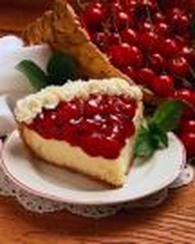 Йогуртовый пирог с вишней